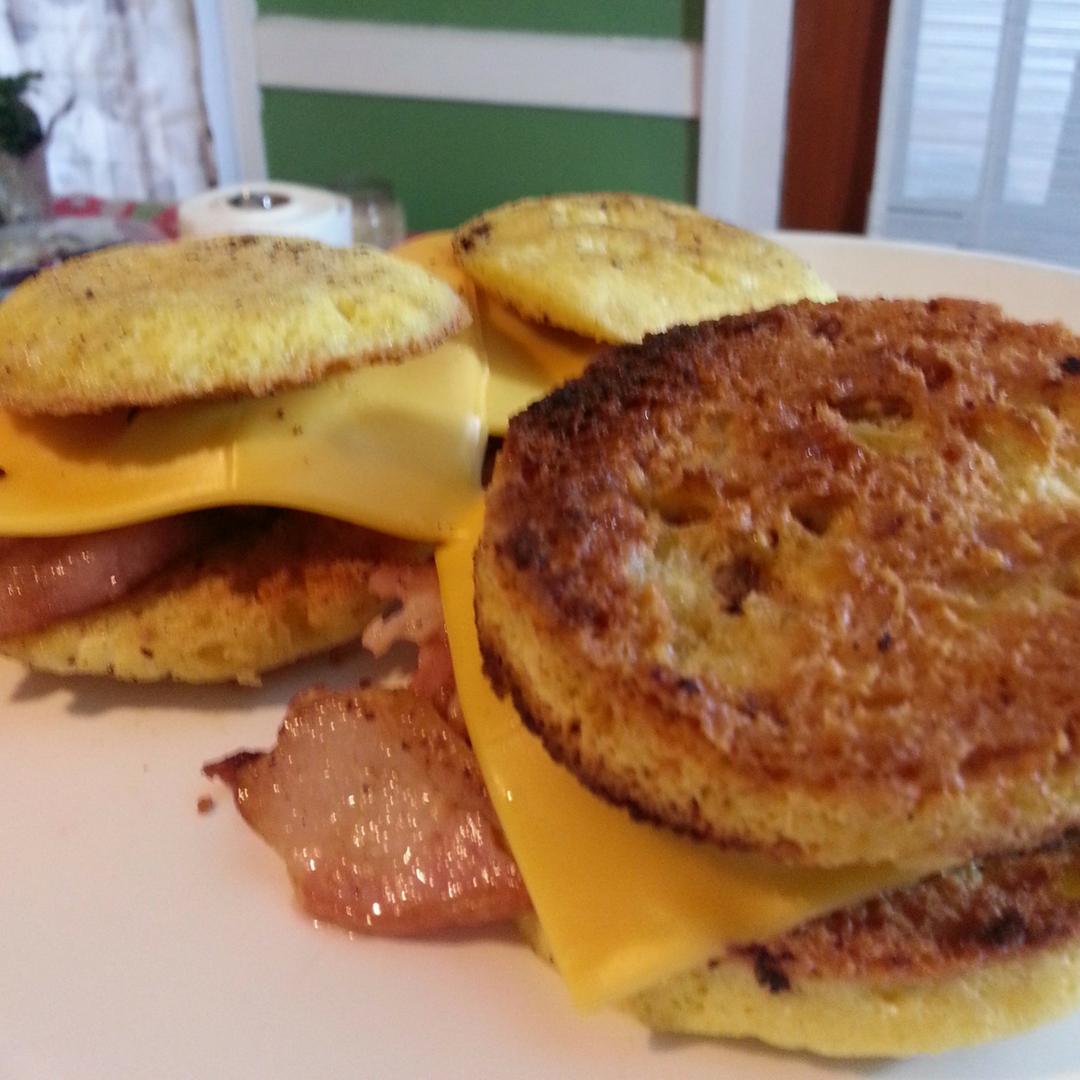breakfast sandwich keto